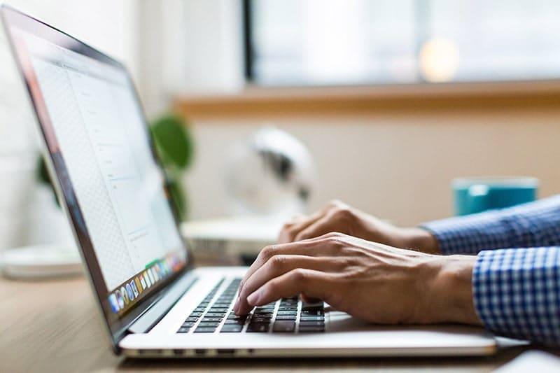 webinar mettre en place télétravail : ordinateur